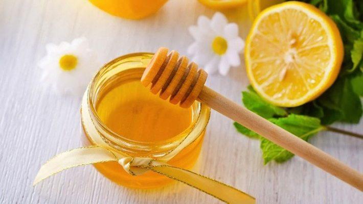 Thêm một chút mật ong không chỉ tạo độ ngọt dễ chịu mà còn giúp no lâu hơn